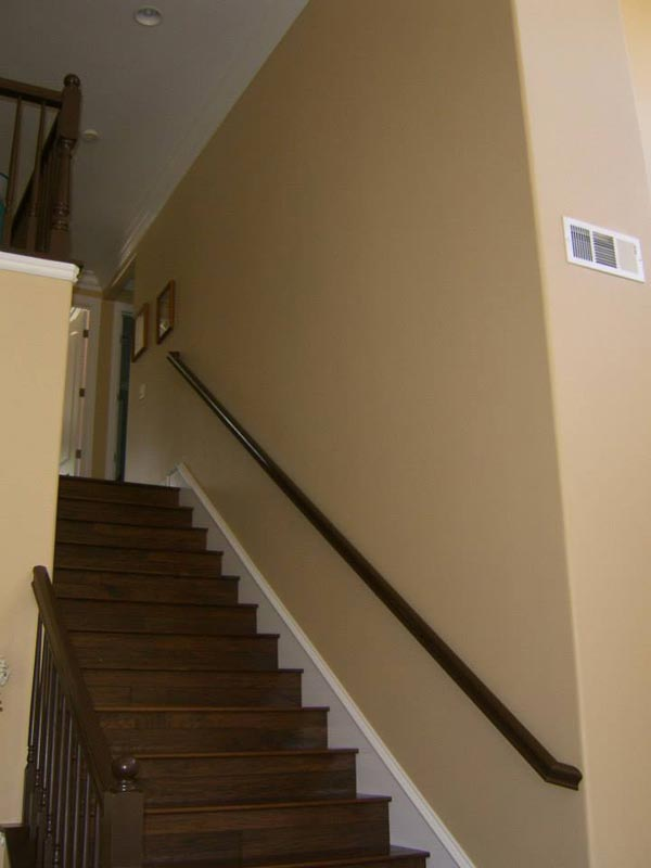 Extra detail in molding on stairs